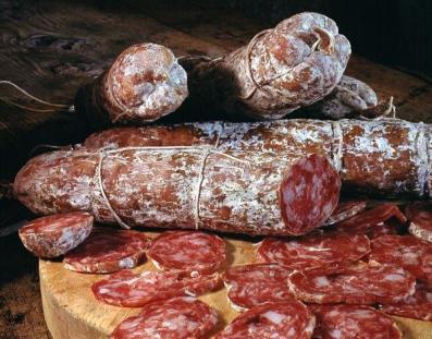 Io ho comunque l'aquolina in bocca a vedere questi bei salami...